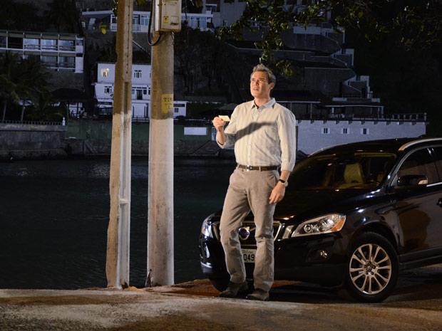 René encontra a casa de Griselda (Foto: Fina Estampa/TV Globo)