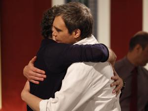 Chef de cozinha apoia o amigo (Foto: Fina Estampa/TV Globo)