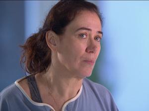 Griselda segue o conselho de Celeste (Foto: Fina Estampa/TV Globo)