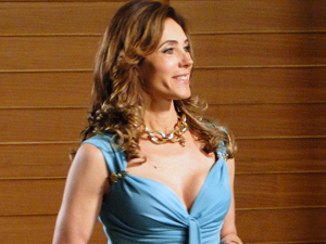 Tereza Cristina deixa Antenor sem saída (Foto: Fina Estampa/ TV Globo)