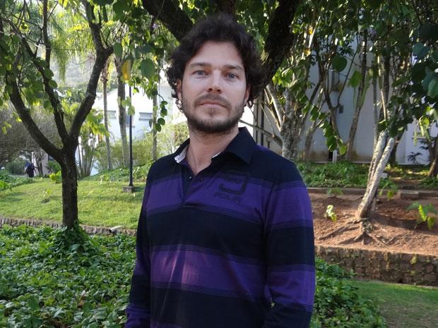 Erik Marmo está empolgado para viver Davi (Foto: Morde & Assopra/TV Globo)