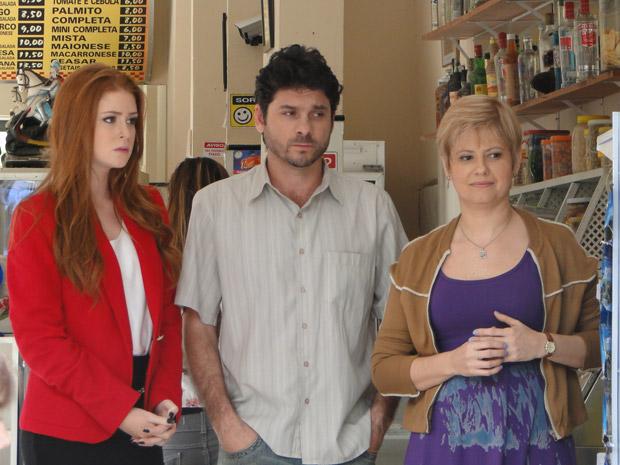 Alice descobre que Guilherme está em dificuldades e resolve ajudar (Foto: Morde&Assopra/TVGlobo)