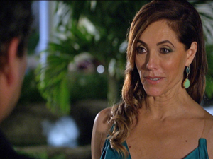 Tereza Cristina não quer ter problemas futuros por causa de Baltazar (Foto: Fina Estampa/TV Globo)