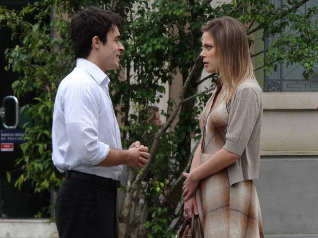 Melissa fica surpresa ao saber da licença pedida por Francisco (Foto: Morde & Assopra/TV Globo)
