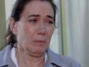 Griselda não quer voltar atrás na decisão de expulsa Antenor de casa (Foto: Fina Estampa/TV Globo)