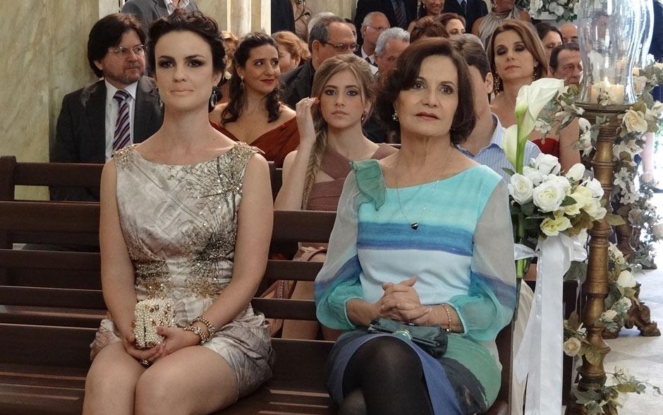 Jamile e Magda também apreciam a beleza do momento