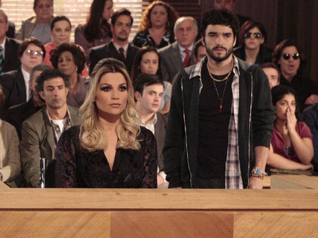 Naomi robô confessa que é a assassina do delegado Pimentel (Foto: Morde & Assopra/TV Globo)