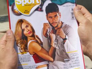 Foto de Teodora e Wallace na revista (Foto: Fina Estampa/TV Globo)