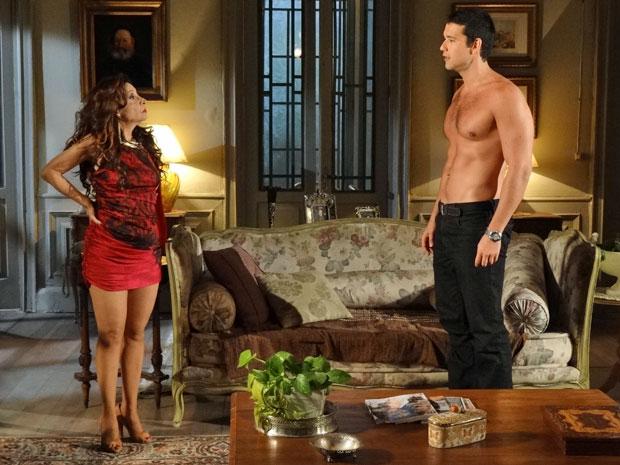 Cleonice revela que Salomé armou para Marcos se separar de Natália (Foto: Morde & Assopra/TV Globo)