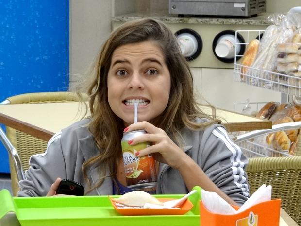 Michele gordinha Malhação (Foto: Malhação / TV Globo)