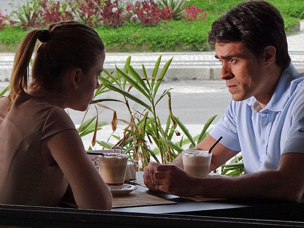 Francisco ainda não consegue dizer a Melissa que a ama (Foto: Morde & Assopra/TV Globo)