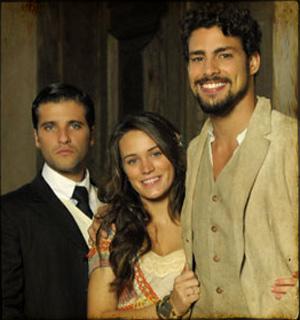 O trio protagonista avalia experiência na novela (Cordel Encantado/TV Globo)