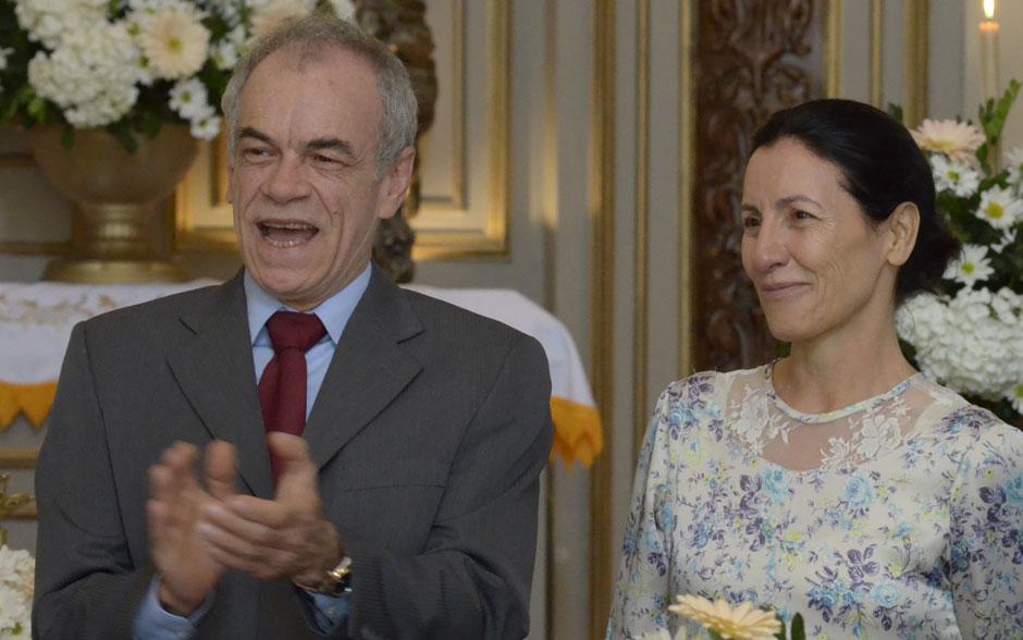 Diogo e Dulce comemoram o casamento do filho