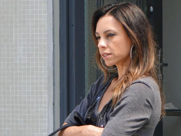 Amanda pensa em provocar uma tragédia com Ícaro (Foto: Morde & Assopra/TV Globo)