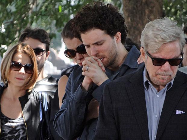 Márcio Hayalla se emociona na despedida (Foto: OAstro/TVGlobo)