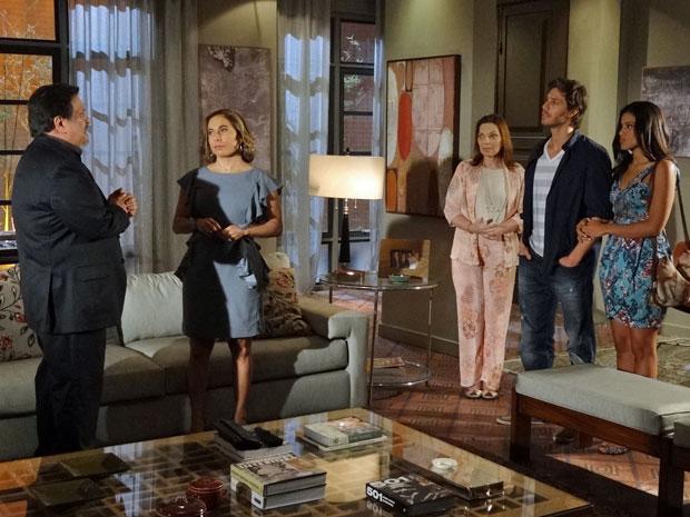 Augusta mostra a Oséas que ele pode acabar sozinho (Foto: Morde & Assopra/TV Globo)