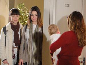 Alice visita Ana para perdoá-la (Foto: A Vida da Gente - Tv Globo)