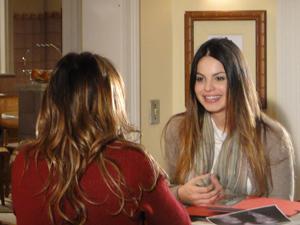 Alice; Ana (Foto: A Vida da Gente/TV Globo)