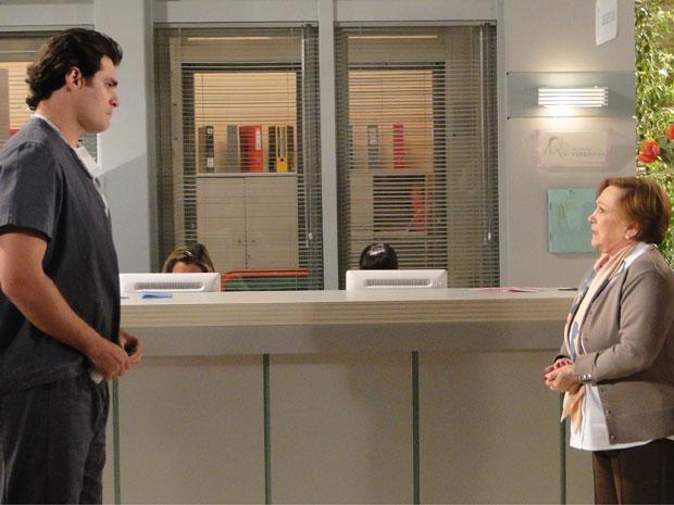 Lúcio conversa com Iná (Foto: A Vida da Gente - Tv Globo)