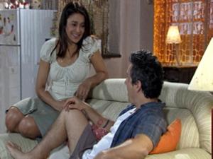 Baltazar diz que Griselda vai mudar após receber o prêmio (Foto: Fina Estampa/ TV Globo)