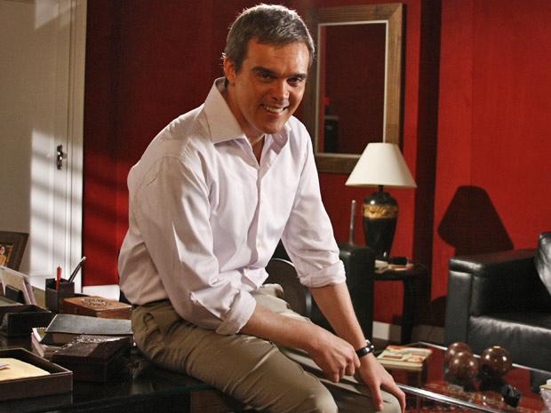 Ator conta que ficou surpreso com o assédio do público já na primeira semana de novela (Foto: Fina Estampa/TV Globo)