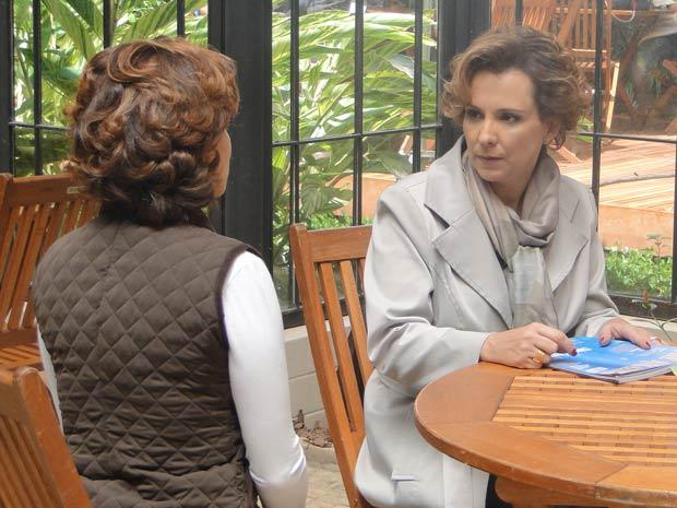 Eva promete que não vai ficar assim (Foto: A Vida da Gente / TV Globo)