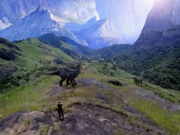 Júlia encontrou um novo mundo no centro da Terra (Foto: Morde & Assopra/TV Globo)