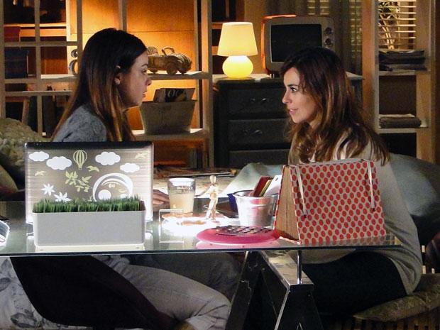 Alice desabafa com Suzana e conta como foi encontro com Vitória (Foto: A Vida da Gente - Tv Globo)
