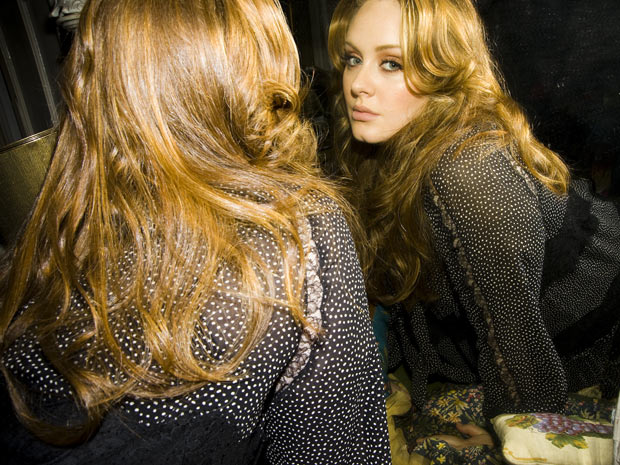 """Someone like you"" de Adele é música tema do casal Tereza Cristina e René (Foto: Fina Estampa/TV Globo)"