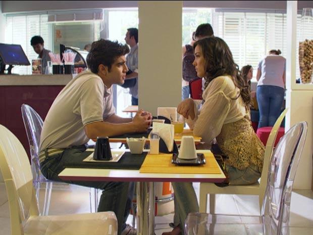 Antenor afirma que para ele tudo mudou depois de noite de amor (Foto: Fina Estampa/ TV Globo)