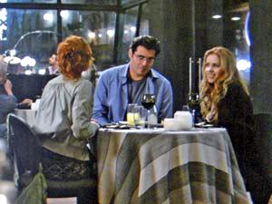 Celina tenta juntar Lúcio e Nanda (Foto: A Vida da Gente/TV Globo)