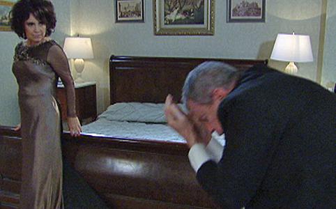 Clô confessa à polícia ter matado Salomão (OAstro/TVGlobo)