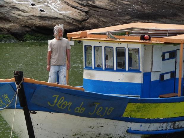 Pereirinha volta de barco (Foto: TV Globo)