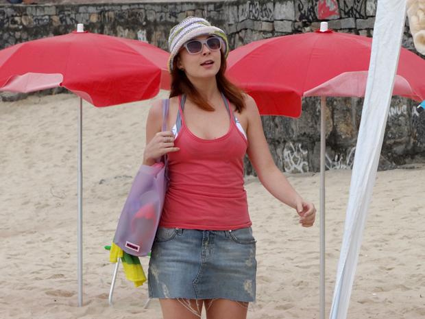 Débora moda praia Malhação (Foto: Malhação / TV Globo)