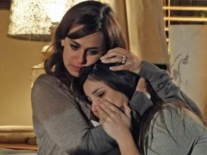 Suzana sempre é solidária à filha (Foto: A Vida da Gente / TV Globo)