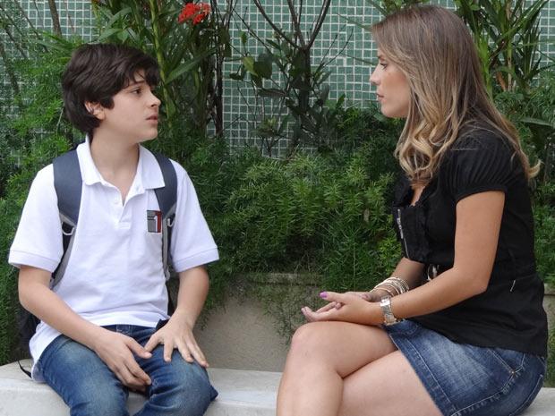 Igor revela que tem vergonha da mãe Verinha (Foto: Malhação / TV Globo)