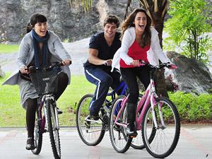 Trio de protagonistas (Foto: A Vida da Gente/TV Globo)