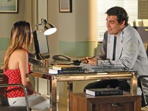 Os dois se entrosam muito bem (Foto: A Vida da Gente / TV Globo)