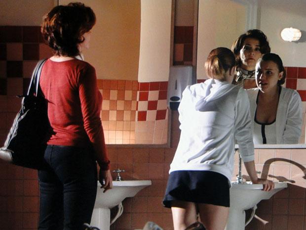 Vitória diz que a derrota de Sofia foi uma humilhação (Foto: A Vida da Gente - Tv Globo)
