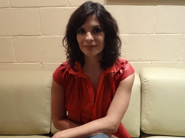 Helena Ranaldi usa os cabelos mais curtos para viver Chiara (Foto: Fina Estampa/TV Globo)