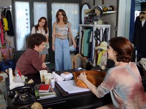 Laura, Débora, Gabriel e Alexia 300x225 Malhação (Foto: Malhação / TV Globo)