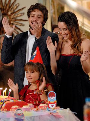 Ana comemora o anivers[ario0 da filha pela primeira vez (Foto: Estevam Soares / TV Globo)