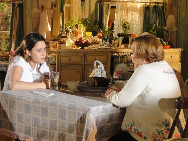Ana promete seguir conselho de Iná (Foto: A Vida da Gente / TV Globo)