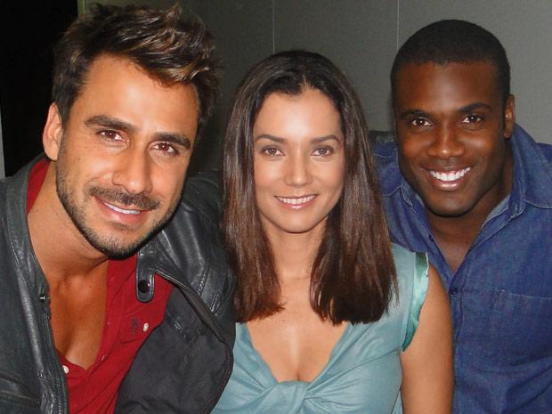Julio Rocha, Monica Carvalho e Rafael Zulu falam sobre os participantes do BBB 12 (Foto: Fina Estampa/TV Globo)