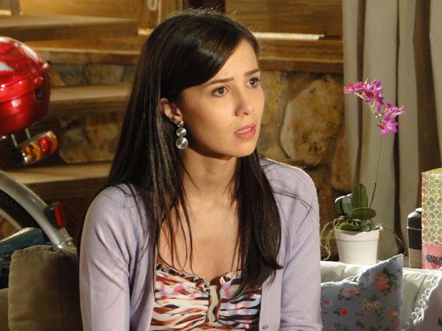 Manu fica preocupada com Júlia (Foto: A Vida da Gente - TV Globo)