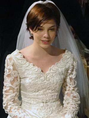 Bia Arantes já se vestiu de noiva mais de 20 vezes (Foto: Malhação / TV Globo)
