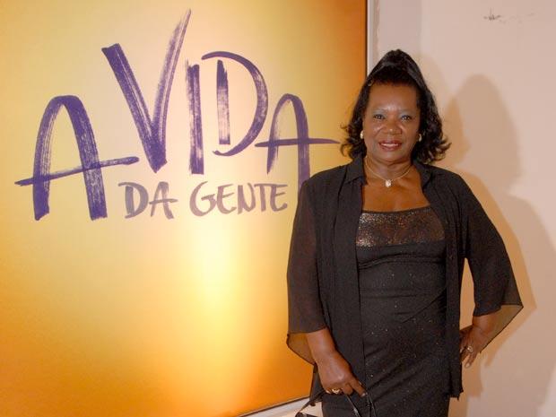 Neusa Borges atuava como Maria de A Vida da Gente (Foto: A Vida da Gente / TV Globo)