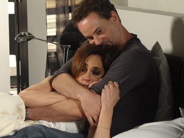 Paulo diz para Tereza Cristina que ela continua sendo sua irmã (Foto: Fina Estampa/TV Globo)