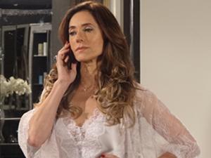 Tereza Cristina quer falar com ele pessoalmente (Foto: Fina Estampa / TV Globo)