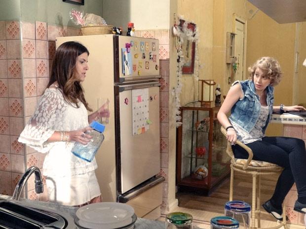 Cristal quer se unir a Moisés para acabar com o namoro de Gabriel e Alexia (Foto: Malhação / TV Globo)